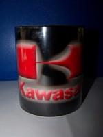 Hrnek s logem Kawasaki