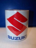 Hrnek s logem Suzuki