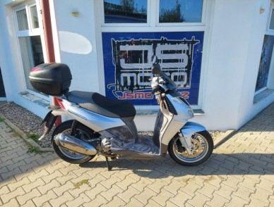 Aprilia Sport City 250i