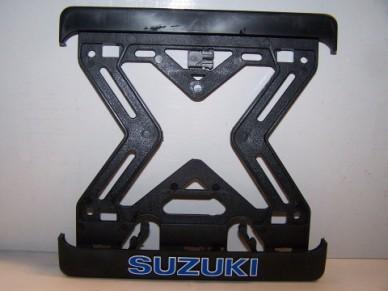 Podložka pod SPZ - Suzuki